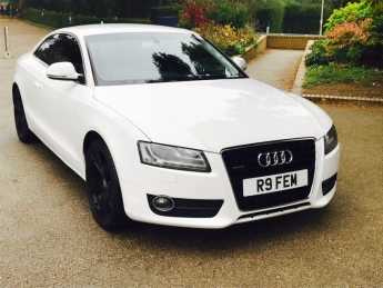 Audi A5 3.0 TDI Quattro Sport 2dr Tip Auto Coupe Diesel White at Essex Car Centre Billericay